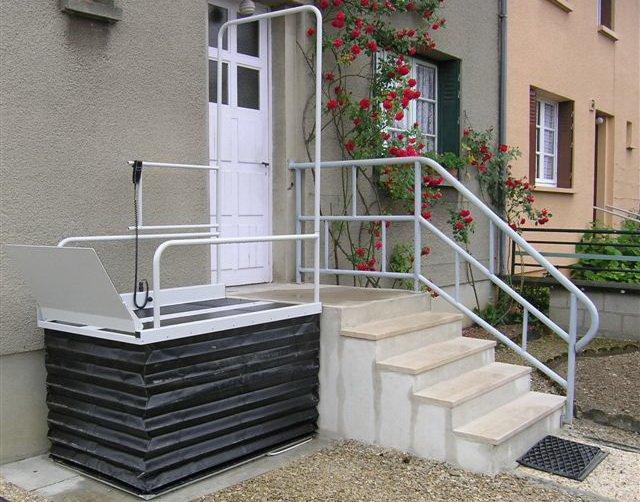 Plateforme monte-escalier Liftboy