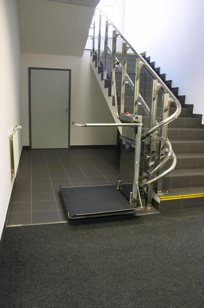 Plateforme monte-escalier pour PMR